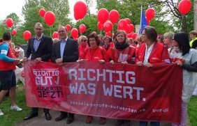 Demo zum KITA Streik